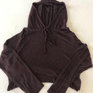 c90c26024a5ef ... Brandy Melville Maroon hoodie cropped